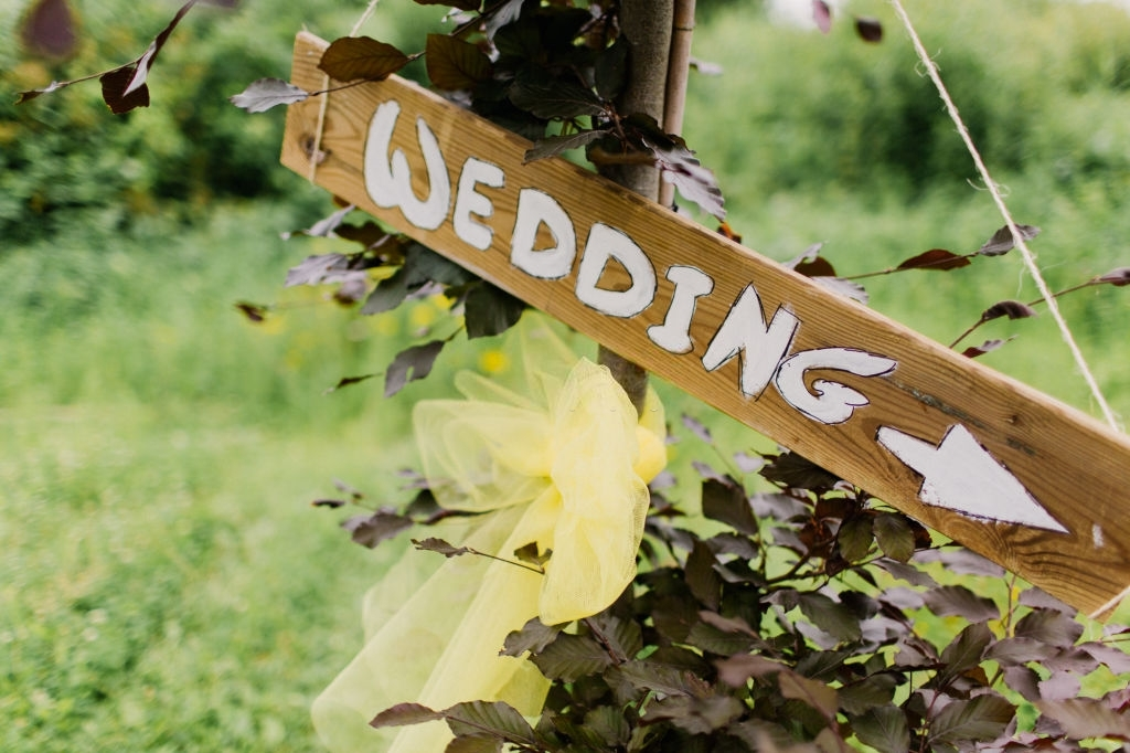 Wedding-Live-Streaming-Services-wedding-signage